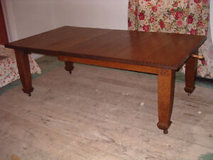 Fabulous Solid Oak Arts and Crafts Expansion Dining Table