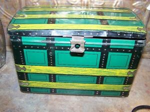 Advertising Baird & Peters Tea Importers Treasure Chest Caddy