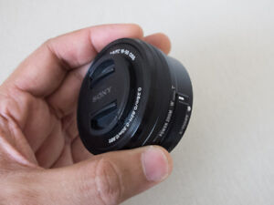 Sony SELP1650 E-mount 16-50mm F3.5-5.6 OSS *AS NEW