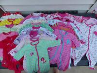 Lot de vêtements fille 3-12 mois