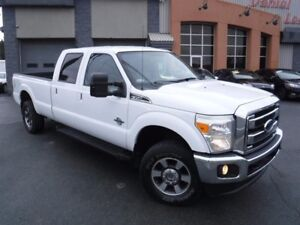 Ford F-350 4WD Crew Cab LARIAT, LÉGER DOMMAGE, VGA CANADIEN 2011