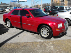 2009 300 TOURING LEATHER  SUNROOF  NEW TIRES  SAFETIED