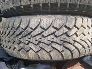 4 LIKE NEW 195/60/15 WINTER TIRES