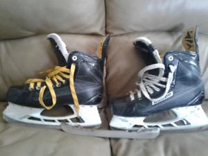 Bauer supreme comp skates and extra S3 blades