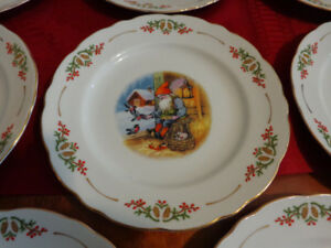 Collectible Christmas Plates by Christineholm Porcelaine!