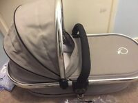 Icandy peach carrycot silver mint