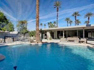 Fab May long weather at stunning Mid-C mod house in Indian Wells
