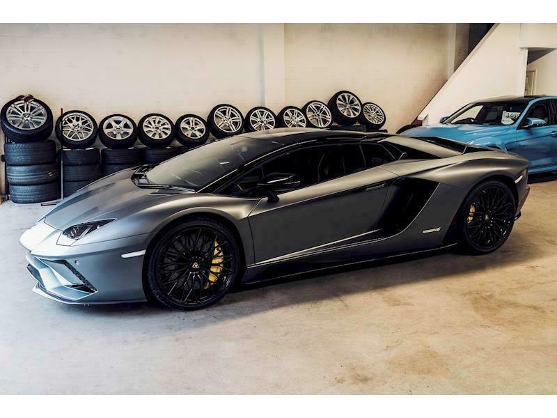 Lamborghini Aventador Lp 740 4 S Roadster Convertible 6 5 Semi