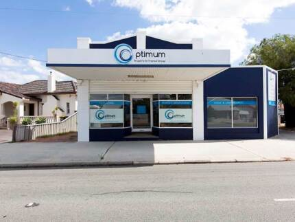 FOR LEASE.     PRIME LOCATION .    BUSY STREET  FRONT EXPOSURE. North Perth Vincent Area Preview