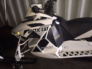 1100 Turbo Limited Snowmobile