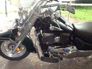 Superbe moto Suzuki Intruder 2000