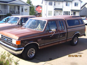 1990 Ford F-150 Lariat Extended Cab Short Box Low km's