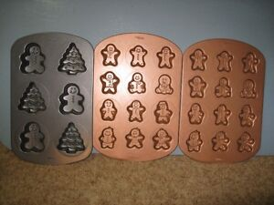 3 WILTON muffin/cookie sheets