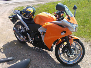 CBR250r ABS Lowered with Akrapovic Exhaust