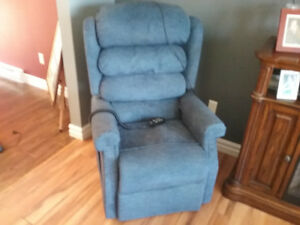 Pride electric lift chair recliner and stand assist.