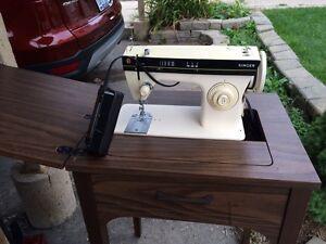Sewing  machine singer