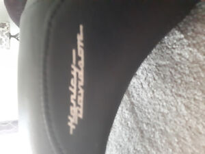 Harley seats   mint condition ,offers or trades