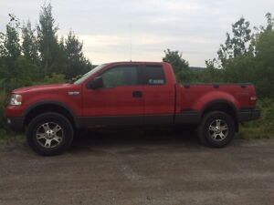 Ford f-150 2004 fx4 6000$ nego