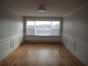 Two bedroom unit with hardwood floors on Dutch Village Rd # 37