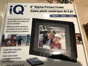 Digital Picture Frame -Photos-Video-Audio