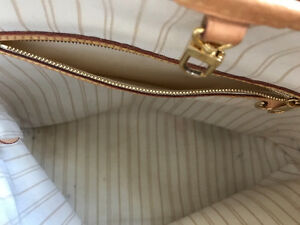 Genuine Louis Vuitton Purse For Sale Kitchener / Waterloo Kitchener Area image 5