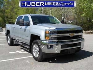 2015 Chevrolet Silverado 3500HD 4X4/Diesel/Leather