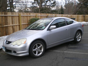 Looking for/cherche 2003Acura RSX driverside front fender SILVER