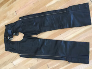 Harley Davidson Midweight Leather Chaps- NEVER WORN
