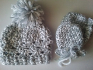 NB chunky hat & mitts