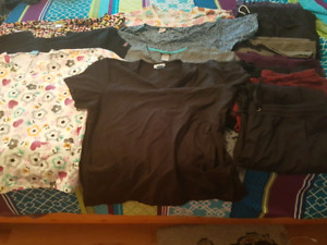 XL/2X/3X Scrubs and Size 8.5 Anti Slip Shoes For Sale