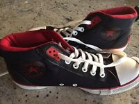 Converse boots size 7- as new