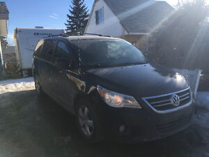 2009 Volkswagen Routan High liner Minivan,trade for side by side