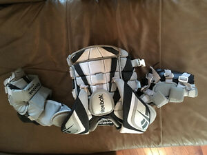 Goalie chest protector novice