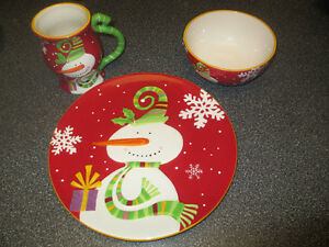 Pier1 Christmas plate, mug and bowl, MINT condition