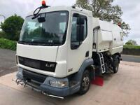 2007 07 DAF LF 45.150 JOHNSTON VT550 dual sweep road sweeper
