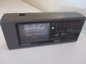 Price reduced again ! Arion Quartz Micon Chromatic Tuner HU-8400 West Island Greater Montréal image 4