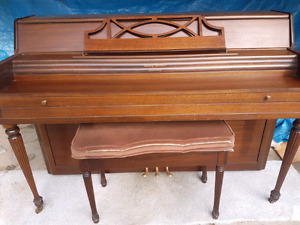 Piano and bench $600
