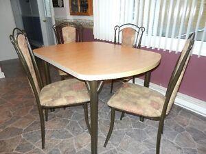 «set de salle à diner