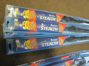 Windshield Wipers - New or like new, assorted sizes Kitchener / Waterloo Kitchener Area image 2