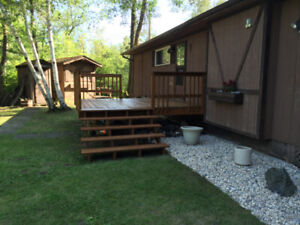 GORGEOUS 4 SEASON CABIN FOR RENT 10 MINS NORTH OF GIMLI