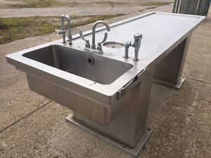 STAINLESS STEEL TABLE WITH SINK  (AUTOPSY)