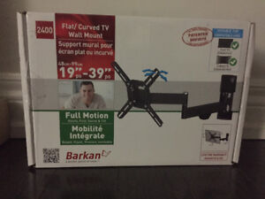 """Brand New - 13"""" - 39"""" Flat / Curved TV Wall Mount"""