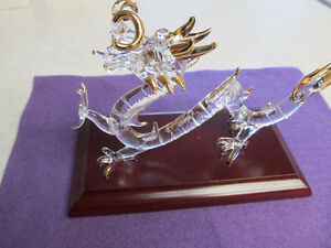 crystal chinese dragon w/gold tips exquisite piece