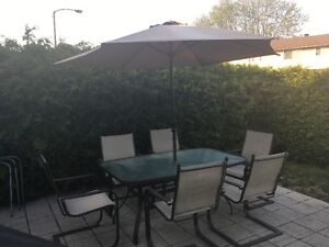 Outside dining set  (maitland/queensway/baseline area)