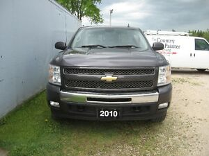 2010 Chevrolet Silverado 1500 LT Pickup Truck ONE OWNER