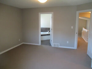 2 storey house to rent in Morinville