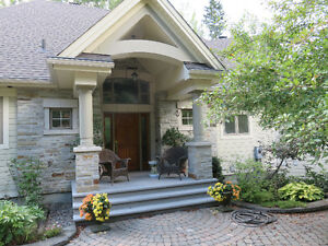 LUXURY LAKE HOME/COTTAGE just 30 minutes from Ottawa Kingston Kingston Area image 1