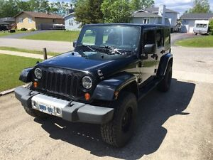 2009 Jeep Wrangler Unlimited Sahara SUV, Crossover