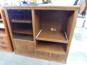 Quality, Handcrafted Solid Oak Entertainment Unit