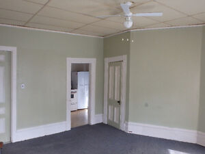 Bachelor Apartment near downtown Arnprior